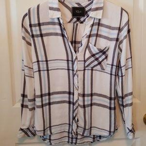 Rails plaid flannel top